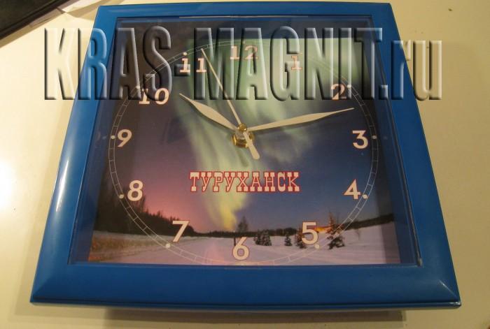 настенные часы с картиной