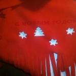 шарф с новогодней надписью,шарф и шапка,