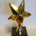 статуэтка наградная звезда,статуэтка звезда на постаменте,